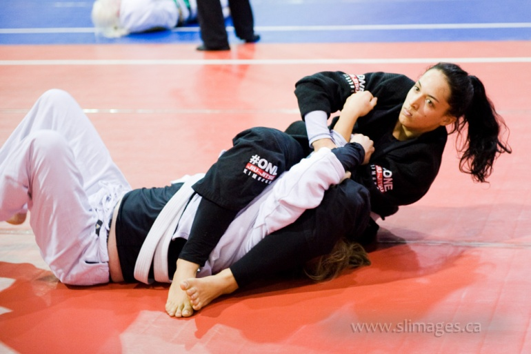 Womens BJJ competition